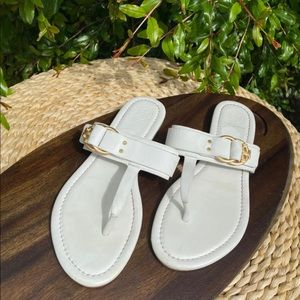 Tory Burch🍁🍂white leather sandals size 8